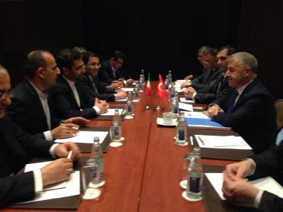 Irã e Turquia concordam em criar um grupo de trabalho conjunto de TI