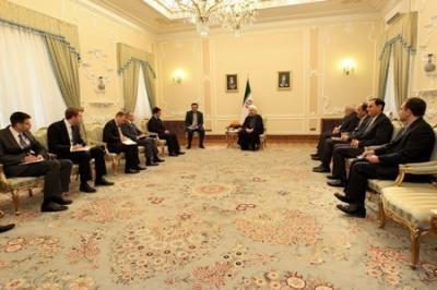 Kiev e Teerã discutem laços na indústria e agricultura