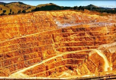 Iran opens development of largest goldmine