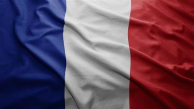 França de enviar grande time de comércio para Teerã.