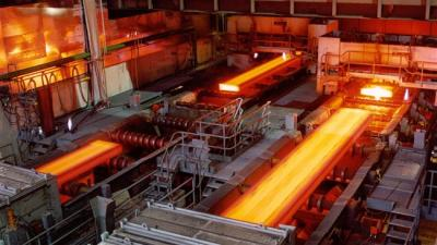Iran seeks to cast a future in steel