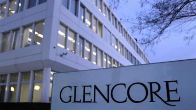 Os executivos do petróleo Glencore visitar Teerã para negociações