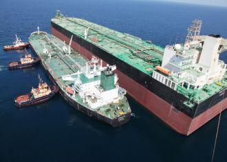 Irã inaugura enorme unidade de armazenamento de óleo flutuante no Golfo Pérsico