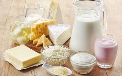 Annual dairy output to exceed 10m tons by Mar. 2018