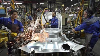 Race tightens for Iran's auto market