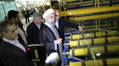 Irã inaugura sua maior fábrica de produção de vidro