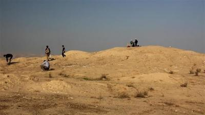 Archeologists discover ancient mounds in Iran's Kerman Province