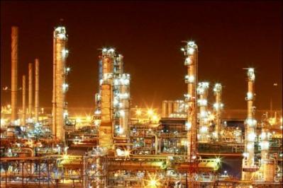 Irã e Alemanha assinam 1º acordo de cooperação petroquímica