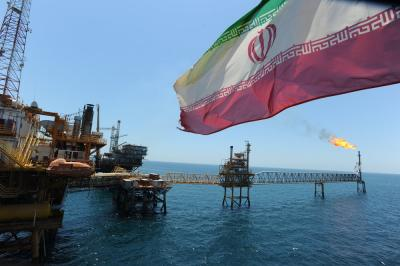 Iran expects $25b oil contracts signed within 2 years