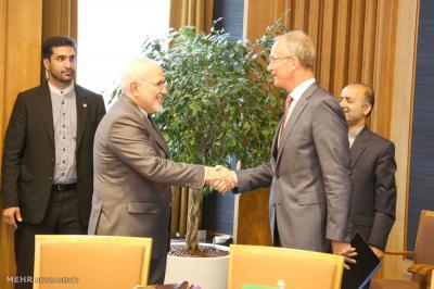 Facilidade de relações bancárias iria acelerar os laços comerciais entre Irã & Holanda