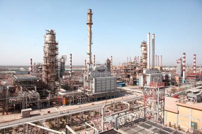 Capacidade de refino de petróleo e gás aumentando, mais investimentos necessários