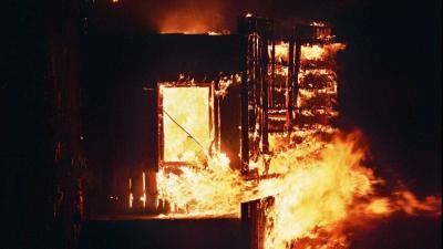 Brasil: Prédio desaba após incêndio. Bombeiros procuram vítimas