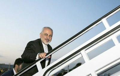 Zarif flies for Moscow to attend trilateral meeting
