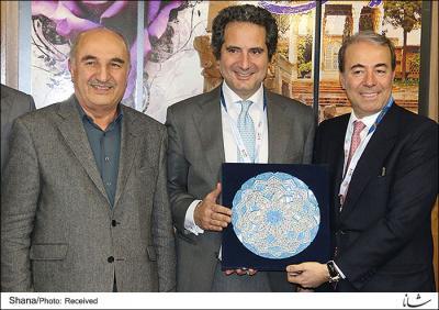 ایران و تکنیمونت ایتالیا قرارداد جدید نفتی امضا کردند