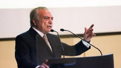 Michel Temer greets Trump for US victory