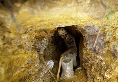 Irã ِ descobre depósito com 8 toneladas de reservas de ouro