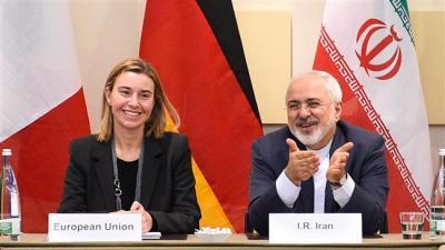 O Irã diz que os EUA devem fazer mais para encorajar os bancos a fazer negócios com este país após o suspensão das sanções.