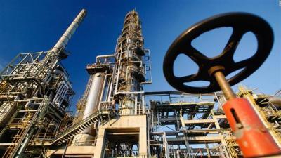 Irã pode aumentar produção de petróleo para 500k barris em horas